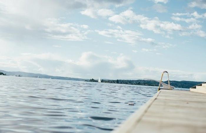 Chauffer sa piscine à l'aide d'un tapis solaire
